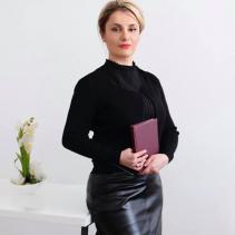 Նորա Արուսխանյան